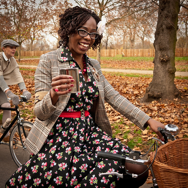Twirling in Tweed: The Rugby London Tweed Run…